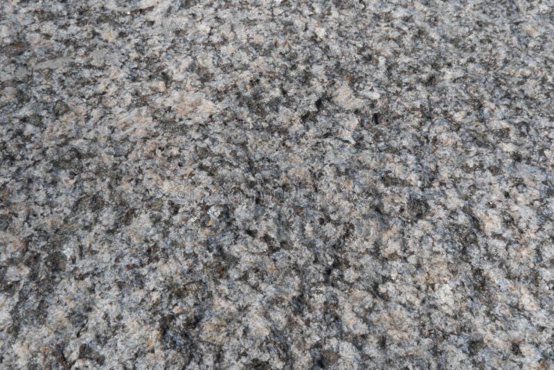 Granitowa kruszki tekstura Popielata krupiasta skały powierzchnia Non okrzesany biały granit jako tło, tekstura dla ilustracji obrazy stock