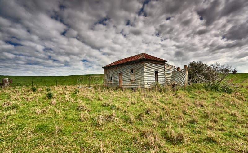 Granja abandonada vieja Australia del país foto de archivo