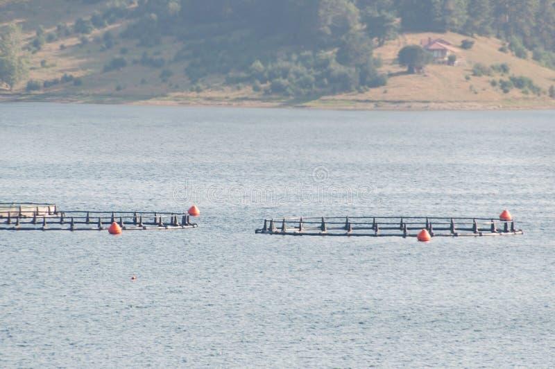 Granja de pescados en Bulgaria imagenes de archivo