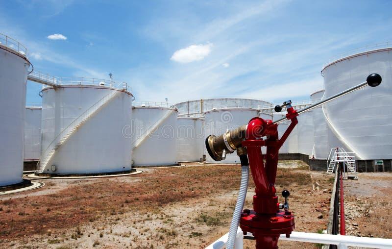 Granja del tanque de petróleo fotografía de archivo libre de regalías