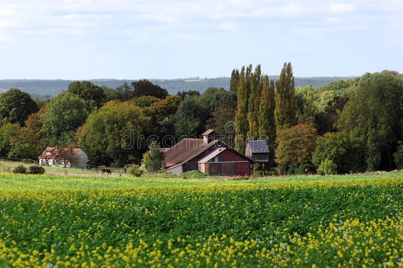Granja en el país de Vexin fotografía de archivo