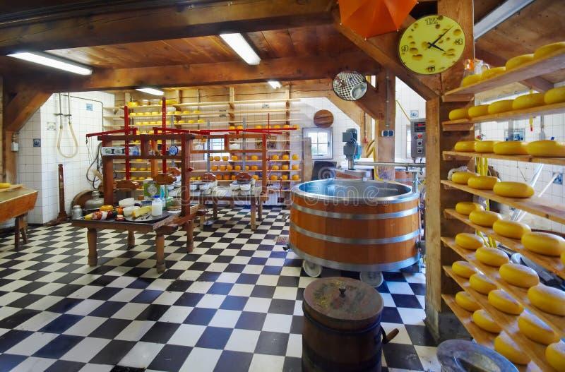 Granja tradicional del queso foto de archivo libre de regalías