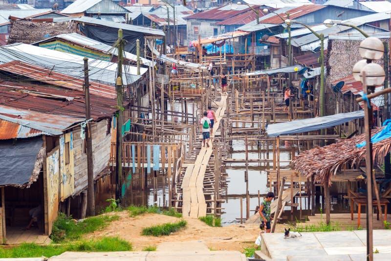 Grannskap av Belen i Iquitos, Peru arkivbild
