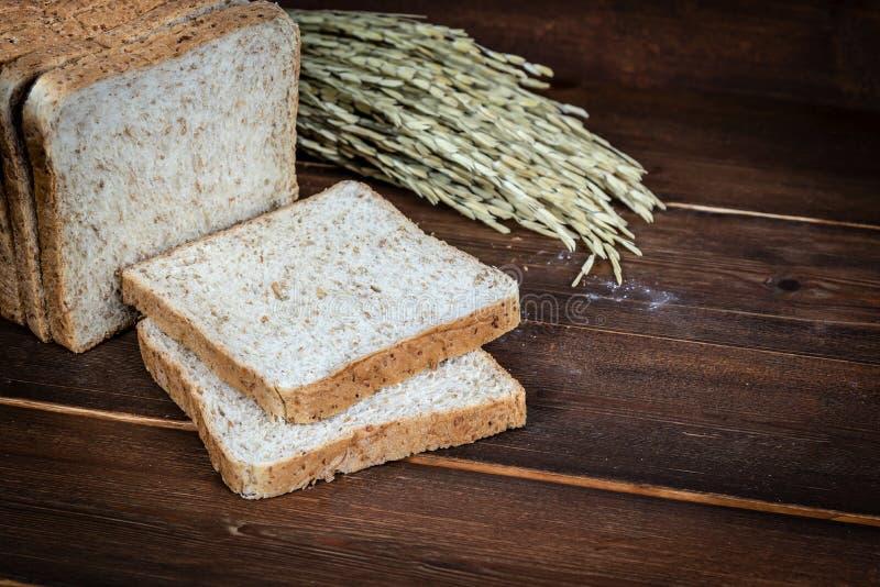 Grano intero bread fotografie stock libere da diritti
