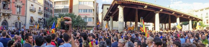 Granollers, Catalonia, Hiszpania, Październik 3, 2017: chłopiec portret podczas protesta przeciw hiszpańskiemu obraz stock