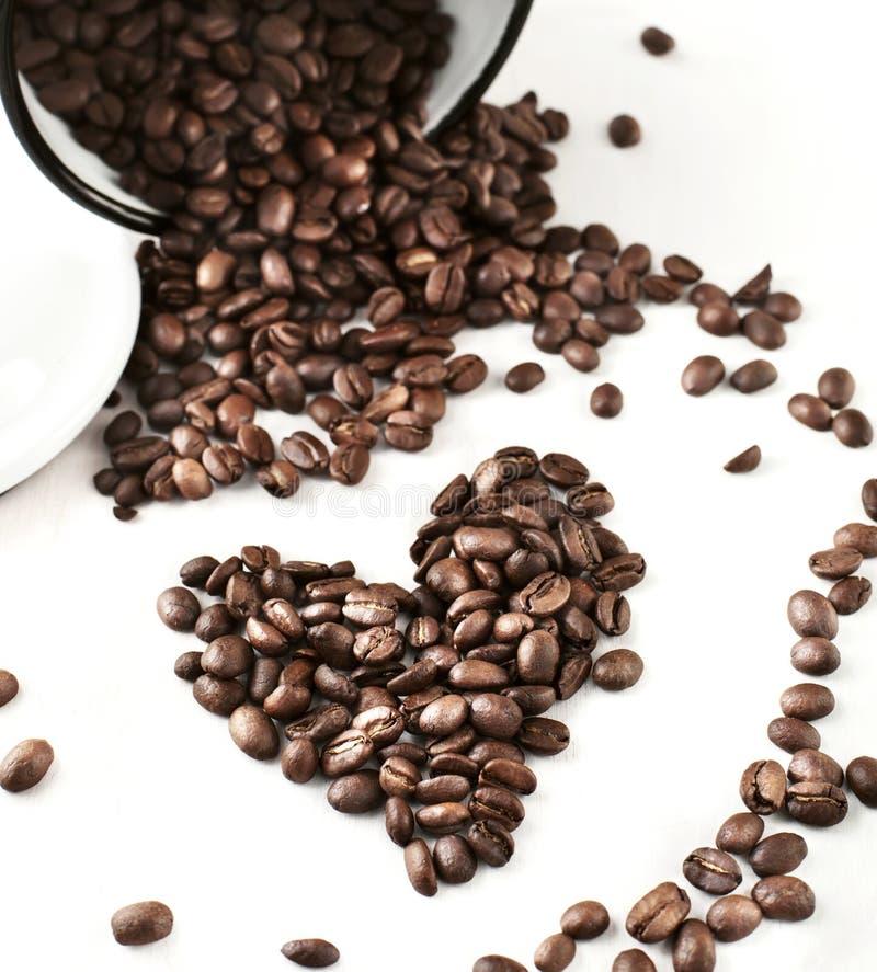 Granos de café en un tarro fotografía de archivo libre de regalías