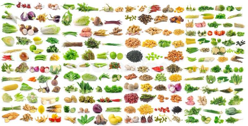 granos e hierbas vegetales en el fondo blanco fotos de archivo libres de regalías