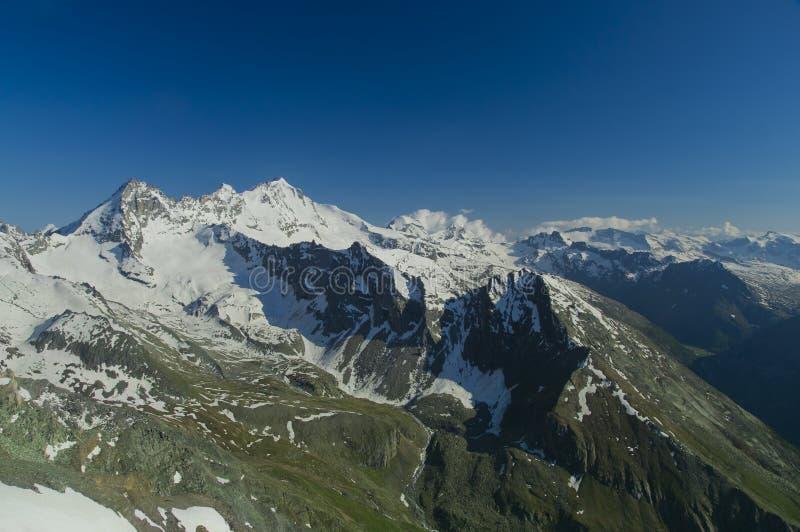 Granu Paradiso szczyt w Włochy Apls fotografia stock