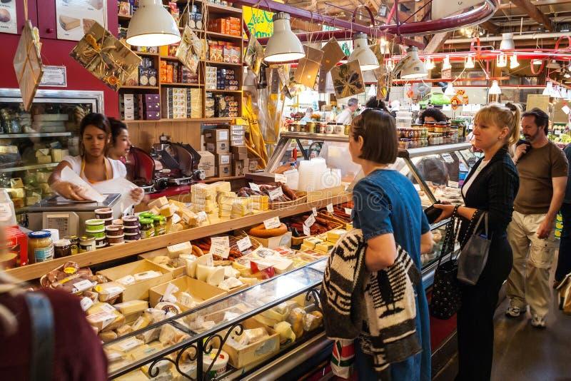 Granville Island Public Market em Vancôver, Canadá imagem de stock royalty free