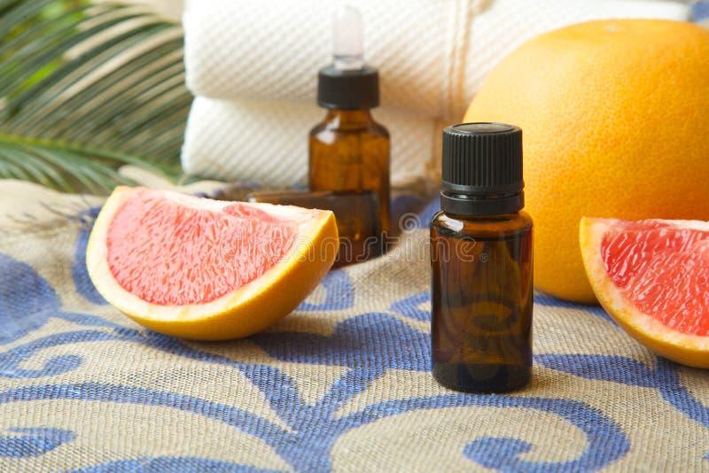 Grapefruitetherische olie royalty-vrije stock foto's