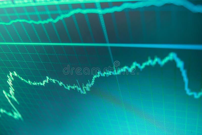Graphique de gestion avec des flèches tendant vers le bas Graphique de statistique des données de marché boursier et d'analyse fi photos libres de droits