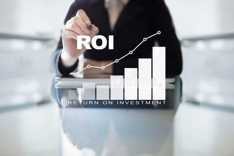 Graphique de ROI, retour sur l'investissement, marché boursier et affaires et concept marchands d'Internet image stock