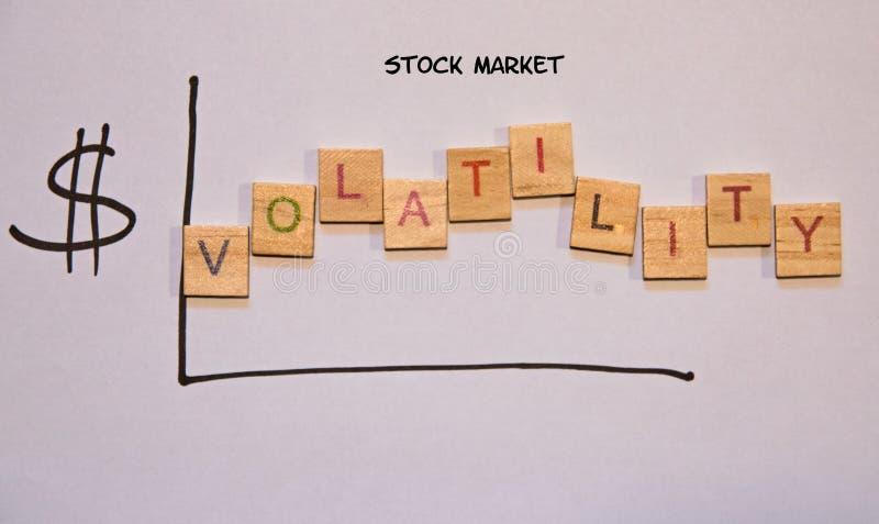 Graphique tiré indiquant la volatilité sur le marché boursier photographie stock libre de droits