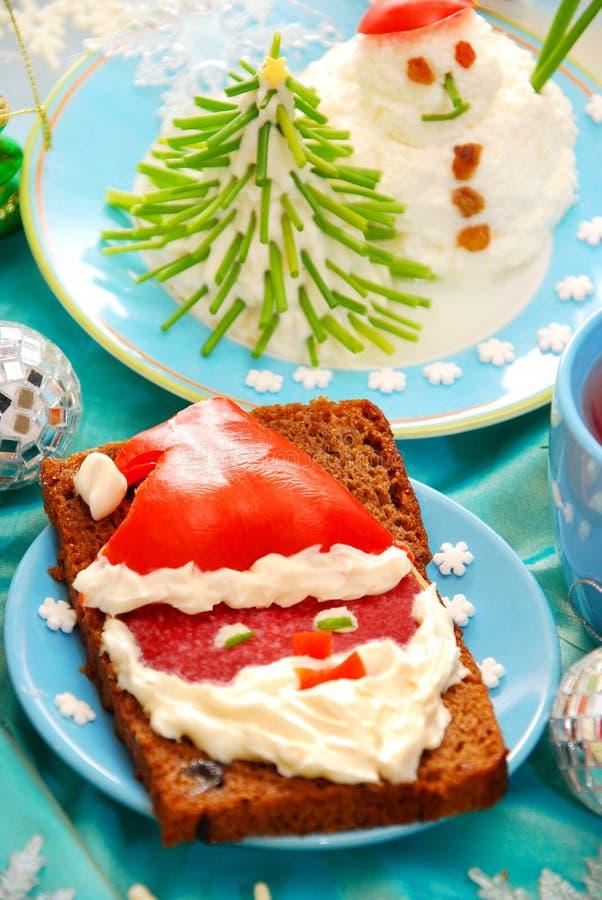 Grappig Kerstmisontbijt voor kind stock foto's