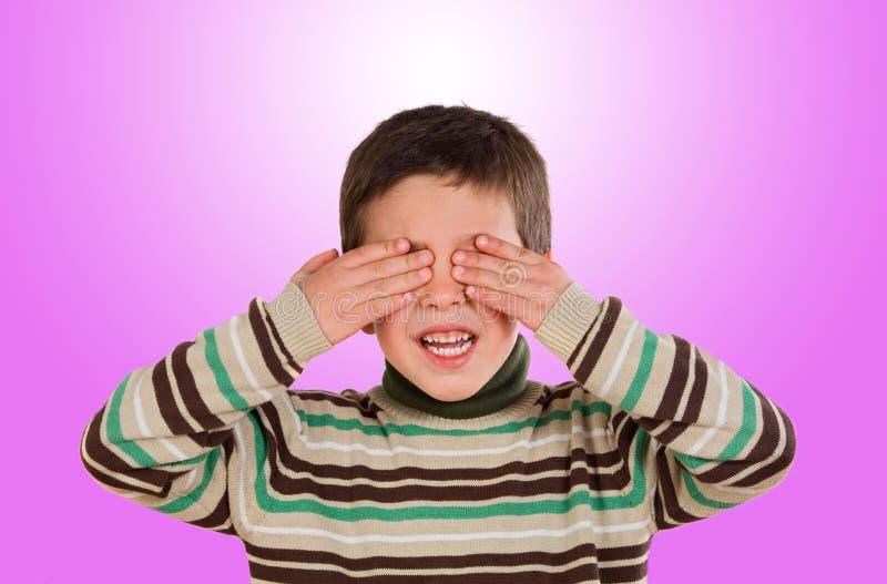 Download Grappig Kind Die Zijn Ogen Behandelen Stock Afbeelding - Afbeelding bestaande uit gelukkig, jongen: 29510963