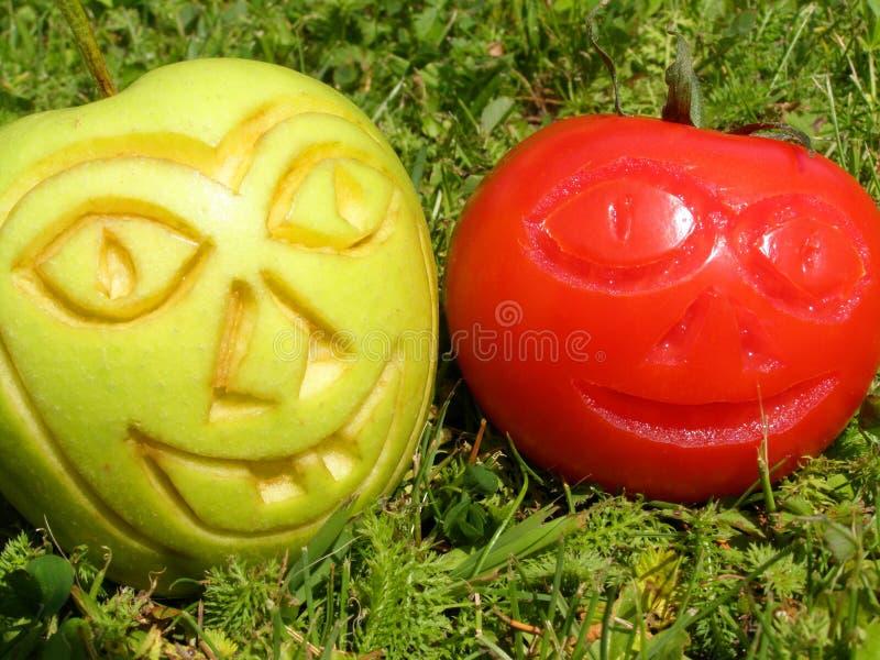 Grappige appel en tomaat royalty-vrije stock foto