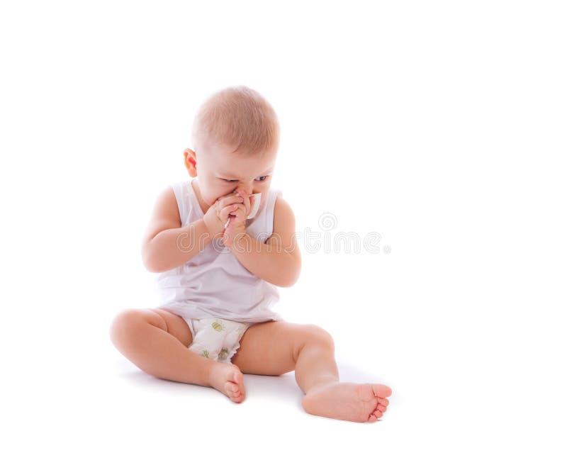 Grappige gelukkige babyjongen stock foto