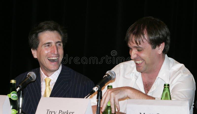 Grappige Mensen die lachen: Paul Rudnick en Trey Parker stock fotografie
