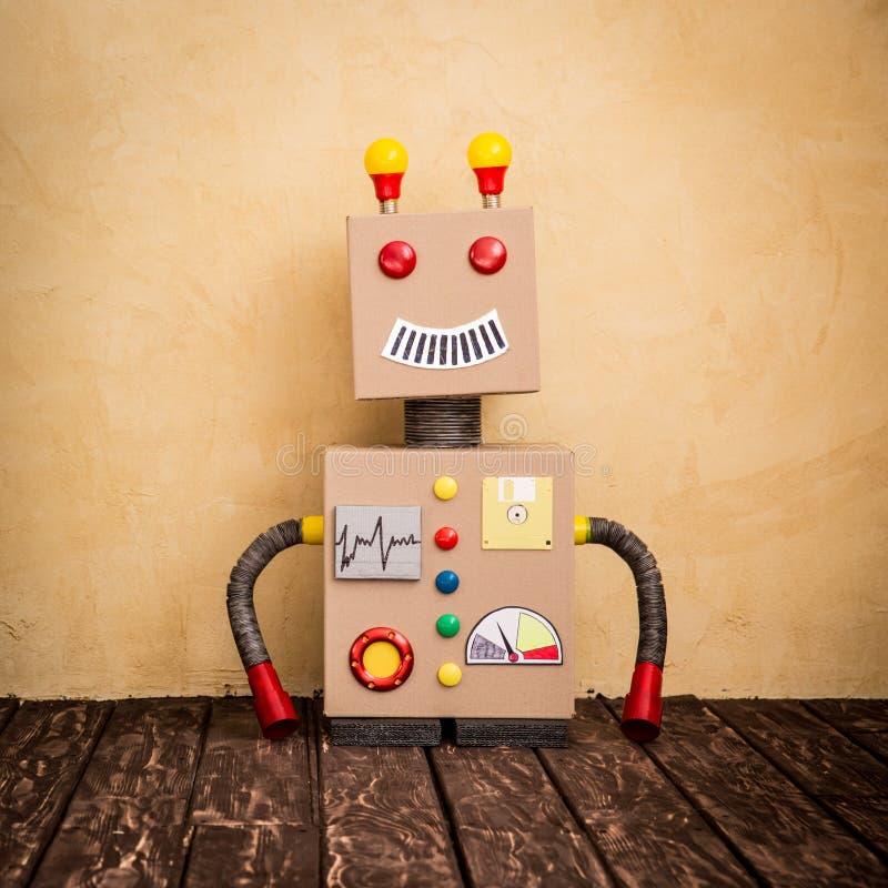 Grappige stuk speelgoed robot stock foto's