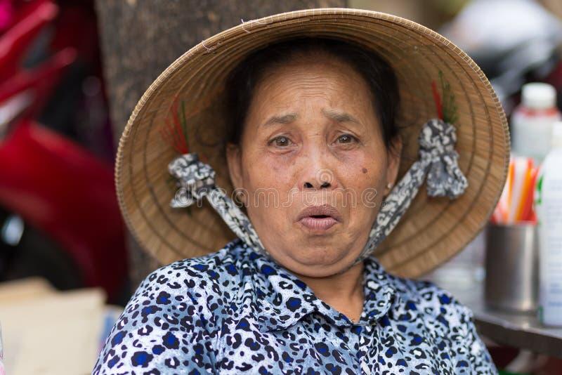 Grappige Vietnamese oudste royalty-vrije stock afbeelding