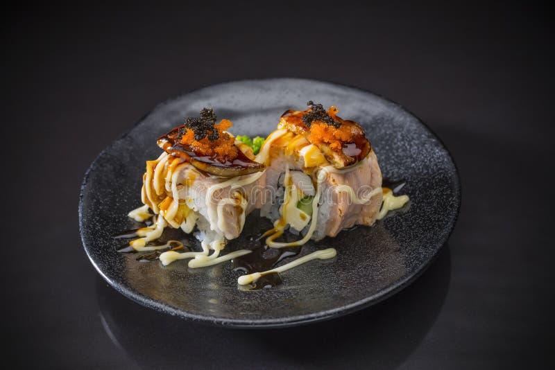Gras do rolo e do Foie de Wagyu com molho picante fotos de stock