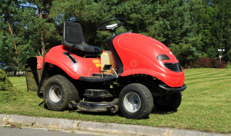 Download Grass Mowing Royalty Free Stock Image - Image: 20871006