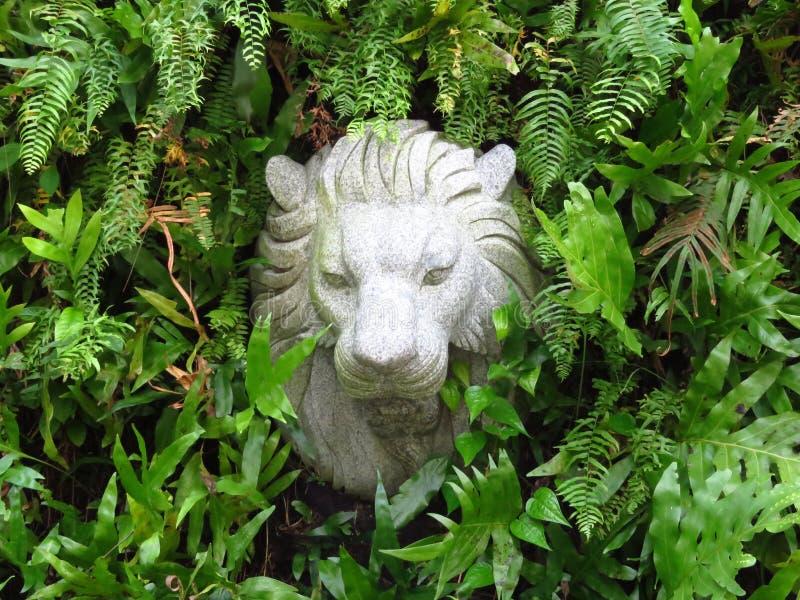 Grass, Sculpture, Plant, Statue Free Public Domain Cc0 Image