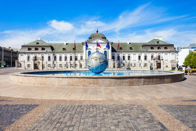 Grassalkovich宫殿在布拉索夫 图库摄影