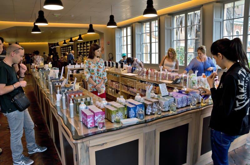 Grasse - boutique de parfum de Fragonard photos libres de droits