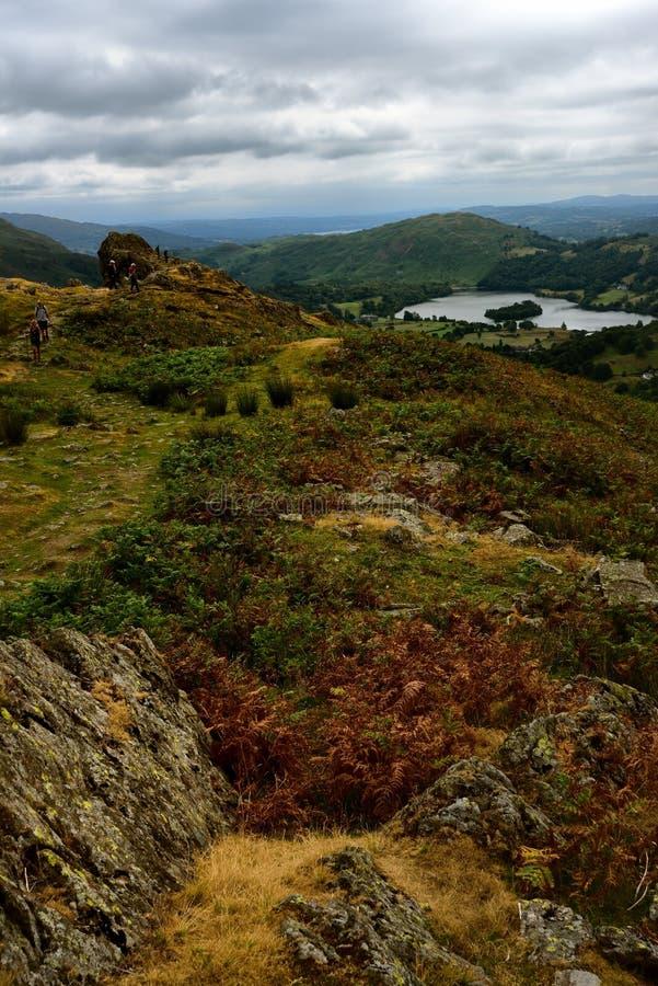 Grassmere van Hoge Raven Crag stock afbeeldingen