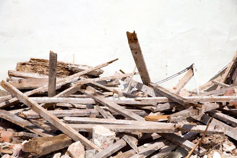 Grat wyburzający dom obrazy royalty free
