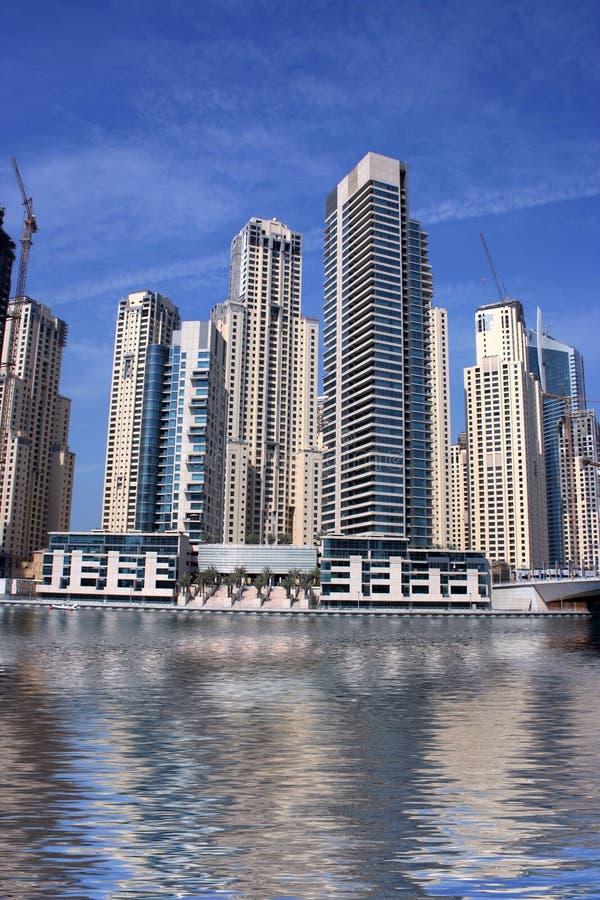 Grattacieli del porticciolo della Doubai fotografia stock