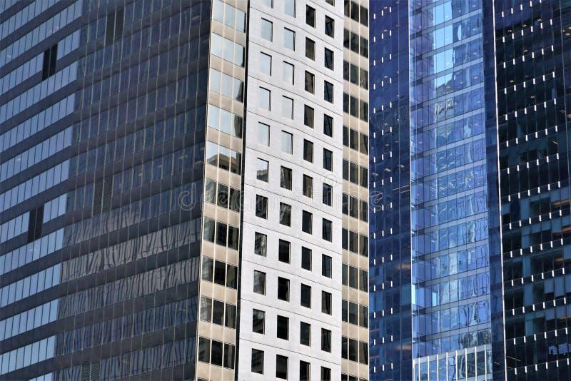 Grattacieli di vetro in Chicago fotografia stock