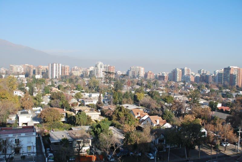 Download Grattacieli A Santiago, Cile Immagine Stock Editoriale - Immagine di nubi, limite: 56893424