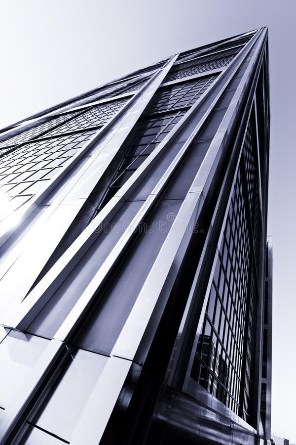 grattacielo di riflessione immagini stock