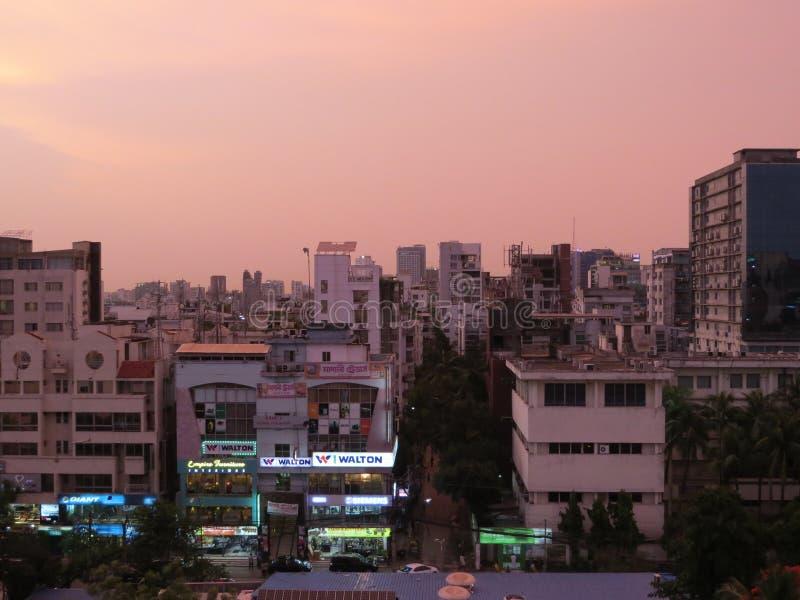 grattacielo e condomini in Dacca, Bangladesh immagini stock libere da diritti