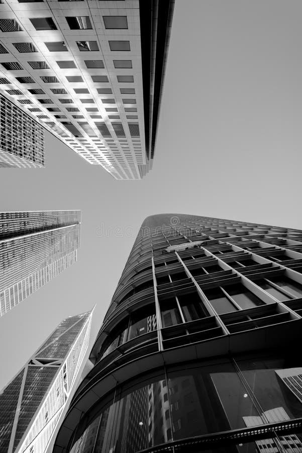 Gratte-ciel à San Francisco - angle dramatique image stock