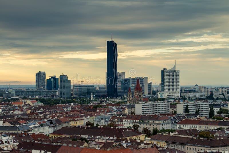 Gratte-ciel à Vienne (Donau-ville) image libre de droits
