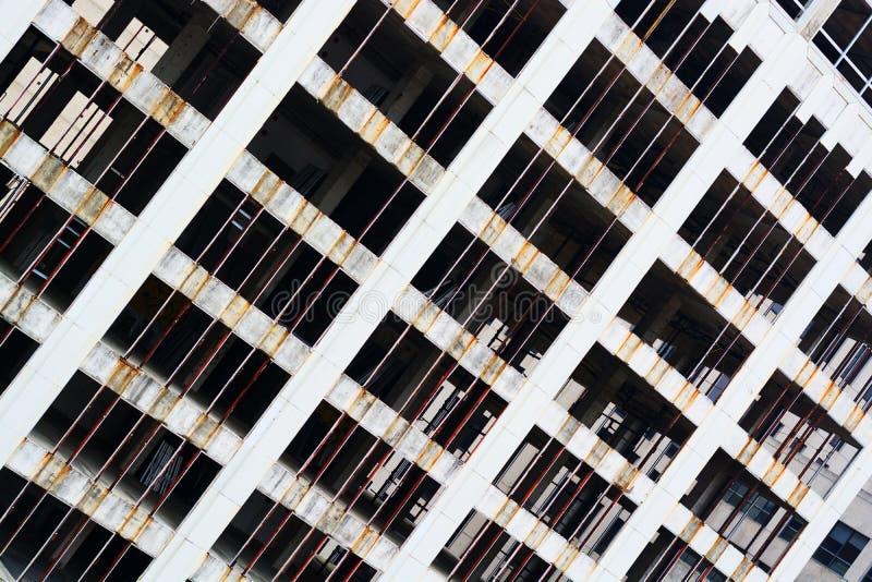 Gratte-ciel abandonné image libre de droits