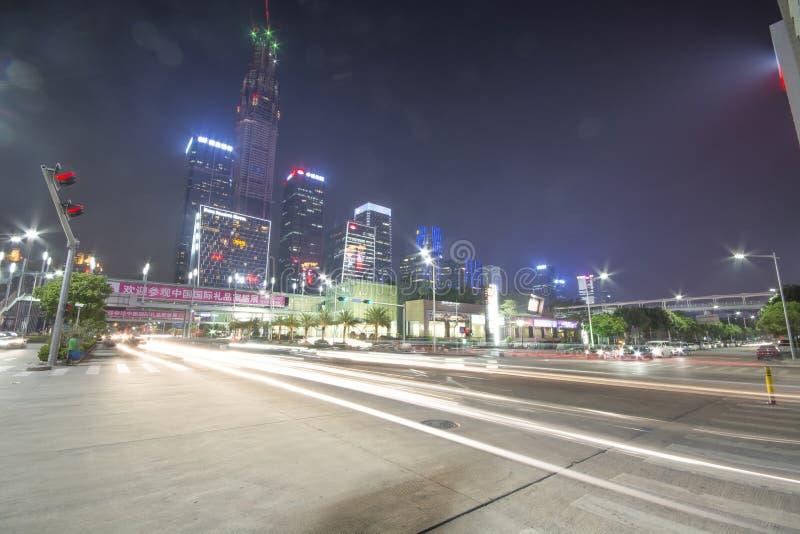 Gratte-ciel construisant dans la ville de Shenzhen photographie stock libre de droits