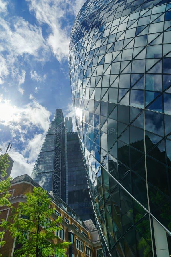 Gratte-ciel dans la ville de Londond images stock