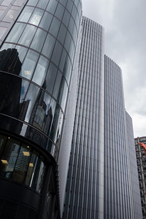 Gratte-ciel dans la ville de La, secteur financier de Londres L'Angleterre et le Royaume-Uni Juin 2015 photographie stock