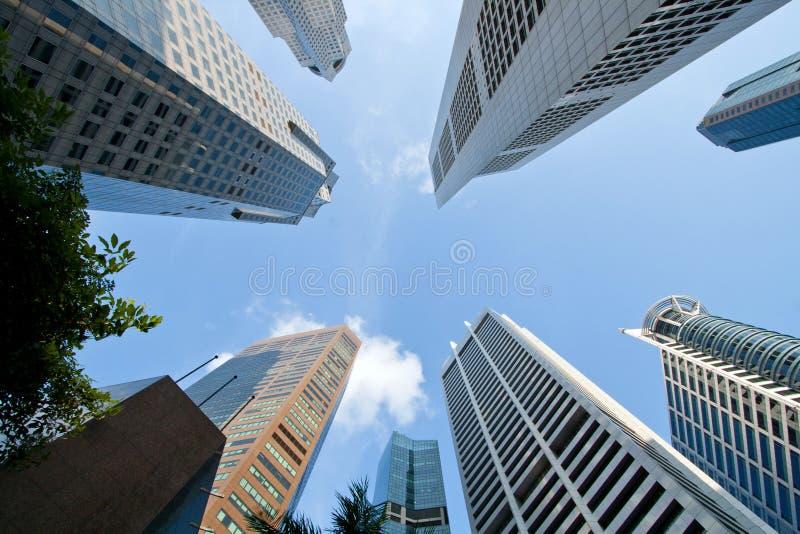 Gratte-ciel de construction d'affaires photographie stock libre de droits