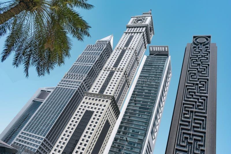 Gratte-ciel de Dubaï ensoleillé Vue de point de vue images stock
