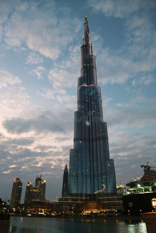 Gratte-ciel de megatall de Burj Khalifa à Dubaï, Emirats Arabes Unis photo libre de droits