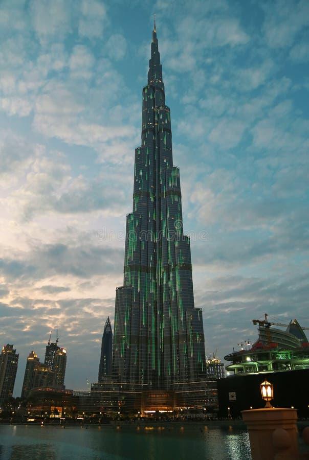 Gratte-ciel de megatall de Burj Khalifa à Dubaï, Emirats Arabes Unis image libre de droits