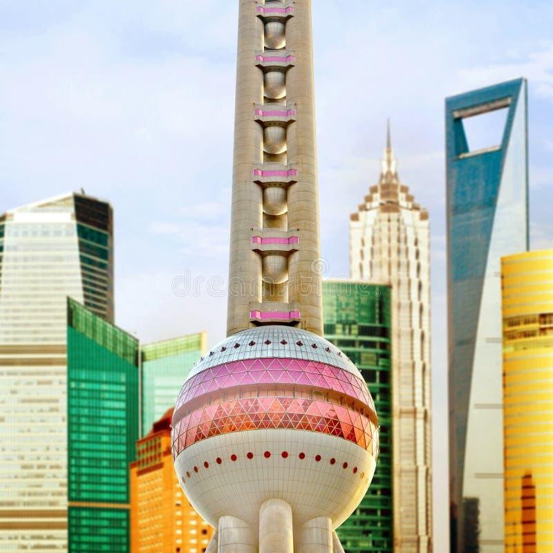 Gratte-ciel de place financière de Changhaï Lujiazui photographie stock