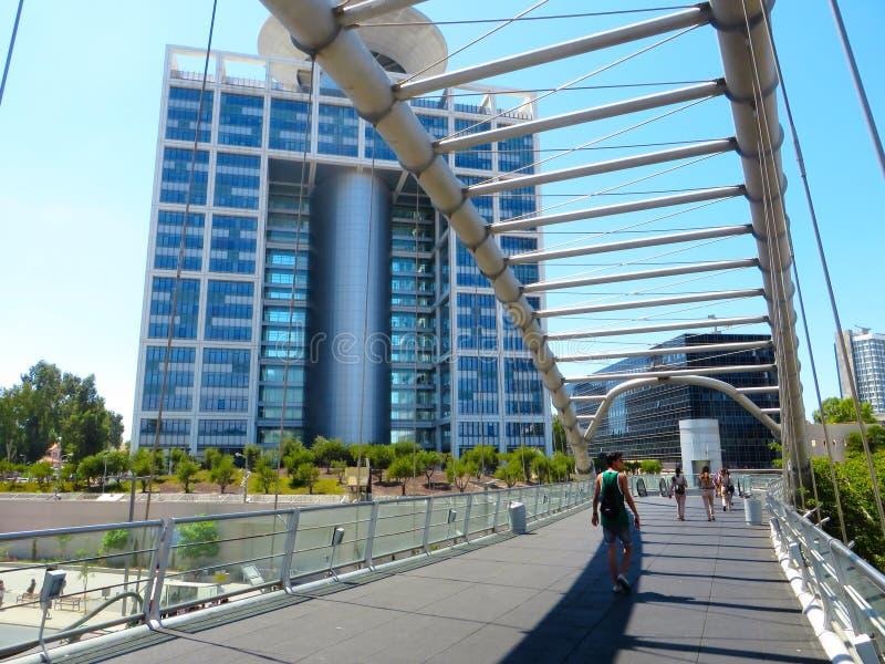 Gratte-ciel de Tel Aviv Le centre technologique et commercial de l'Israël Été de 2018 image stock