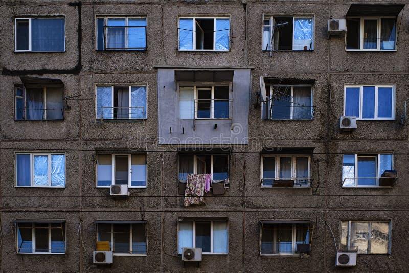 Gratte-ciel de vieil appartement, architecture intéressante D?veloppement contemporain dans Alanya, Turquie Emplacement ? Oslo, N photo stock