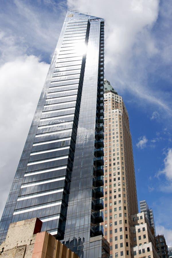 Gratte-ciel en verre à New York City photos libres de droits